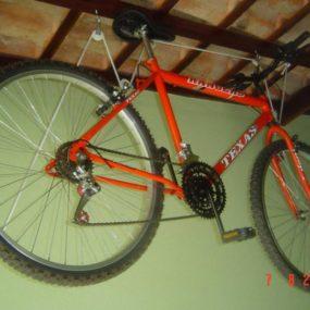 Bike no Teto por Leonardo Rangel