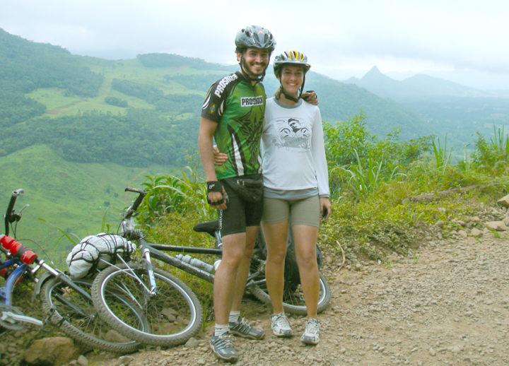 André e Ana - Descendo a Serra da Rocinha-RS/SC