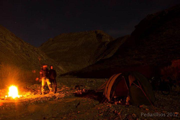 Dicas para acampar de graça: Lua cheia nas montanhas