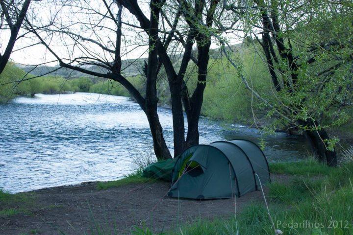 Dicas para acampar de graça: Acampados na beira do rio, Junin de Los Andes