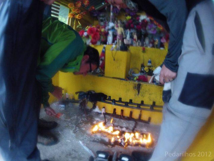 Fogo no templo