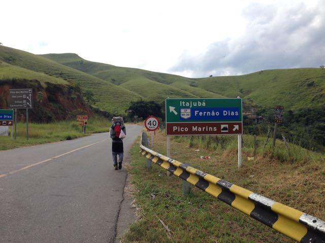 Desde Piquete, o ponto de bifurcação onde entramos para sentido da trilha.