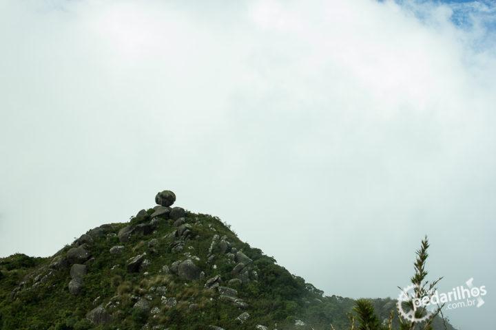 Pedra Redonda desde a descida do Marinzinho